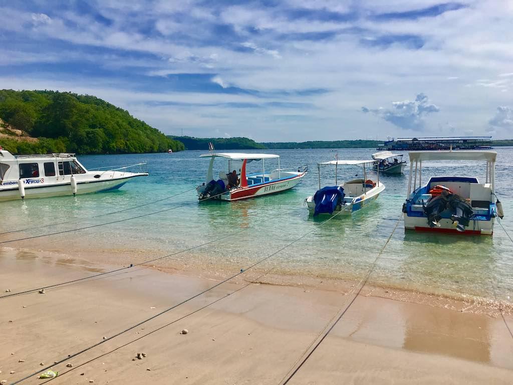 Bateaux Toyapakeh Nusa Penida Bali