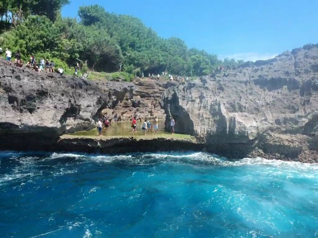 Heure de pointe à Angel Billabong Nusa Penida Bali