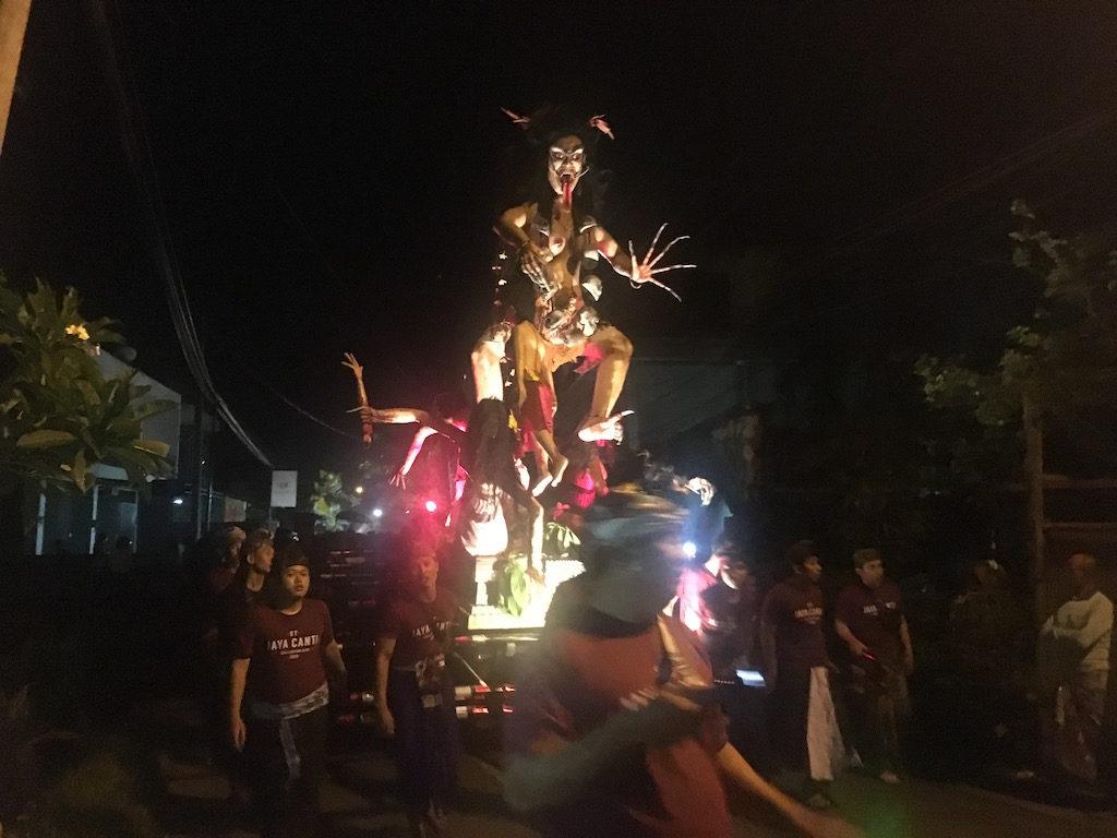 fête ogoh ogoh nyepi événements Nusa penida