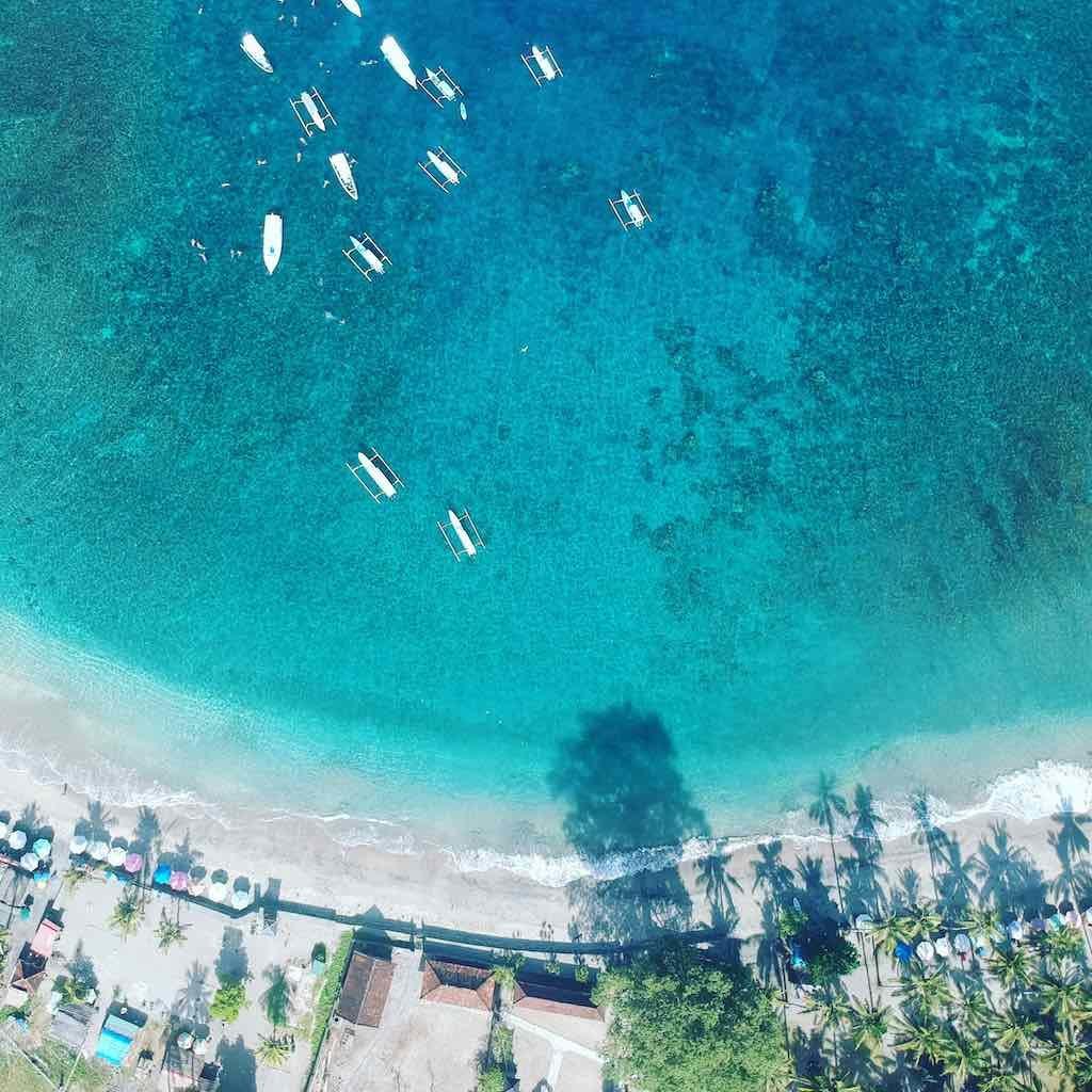 Vue drone Crystal Bay Nusa Penida Bali
