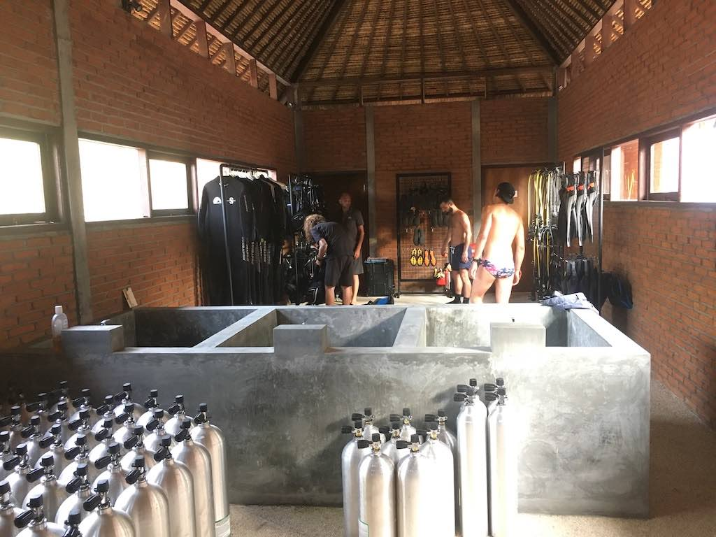 centre de plongée warnakali club de plongée Nusa Penida Bali