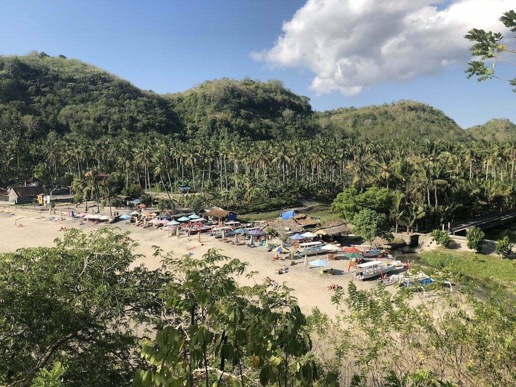 Nusa Penida aller de Crystal Bay à broken Beach à pied le début