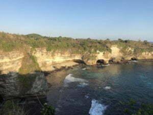 Nusa Penida aller de Crystal Bay à broken Beach à pied le retour