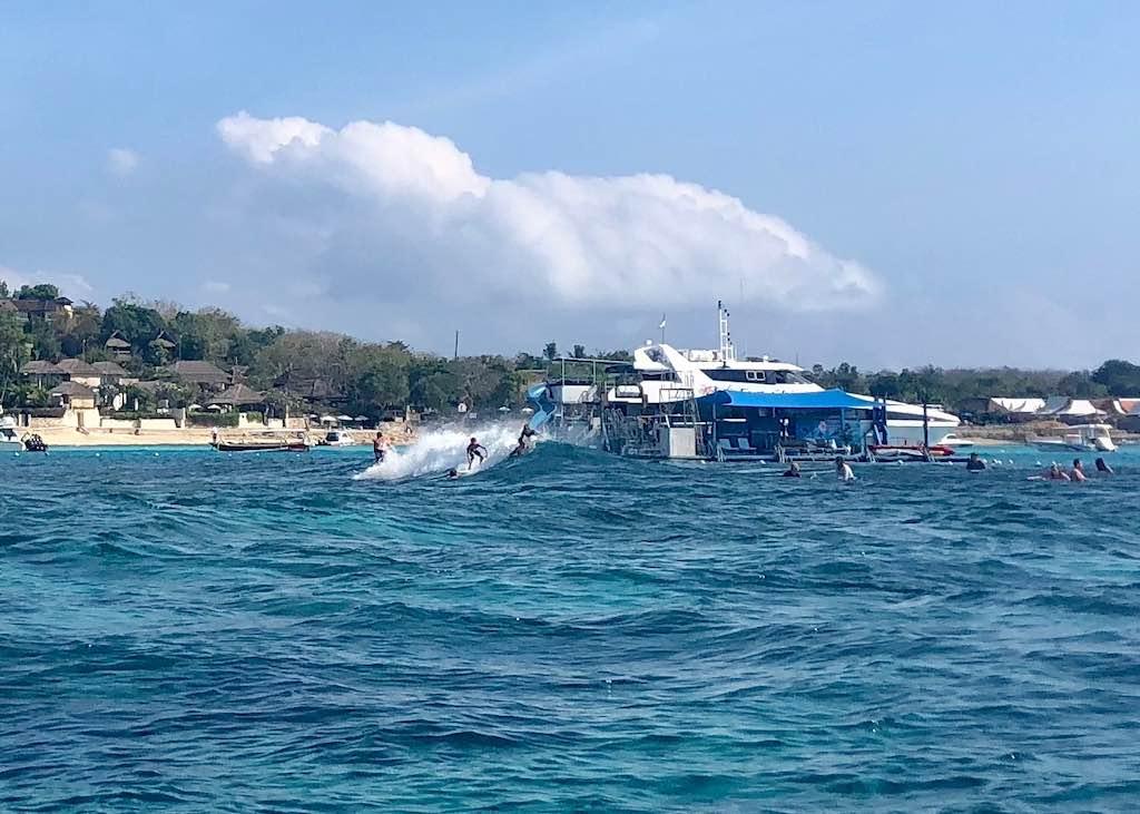 Nusa Lembongan ou Nusa Penida Bali Surf